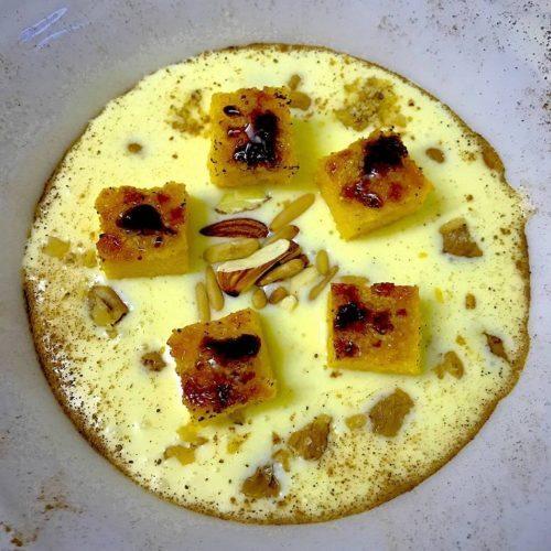 Pinsa dolce, con frutta secca bruciata