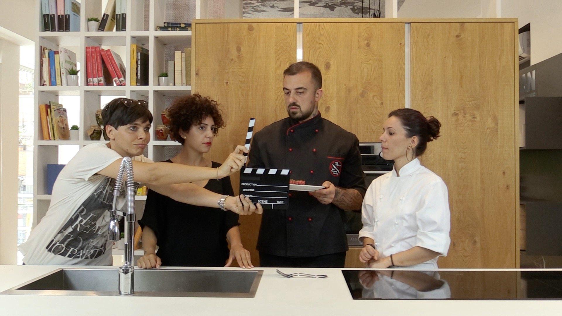 da sx Ilaria Chiesa (RecTv), Deborah Donadio (ISSR), Chef Rubio, Serena Sacco (L'AltroSpazio). Location: set Aran Concept Store di Roma Gregorio VII.